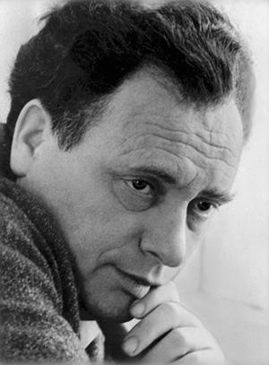 Советский поэт Марк Лисянский