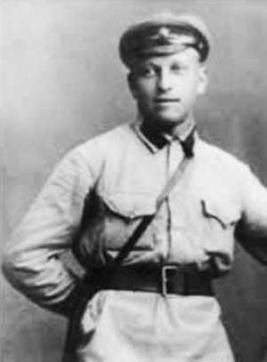 Советский поэт Николай Кооль