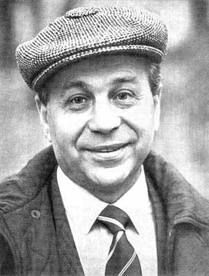 советский поэт Михаил Пляцковский