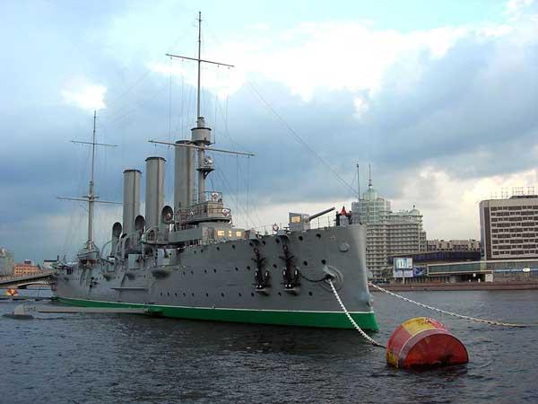 крейсер «Аврора» на месте вечной стоянки